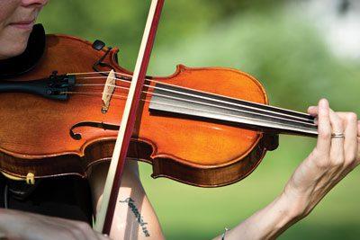 violinist outer banks